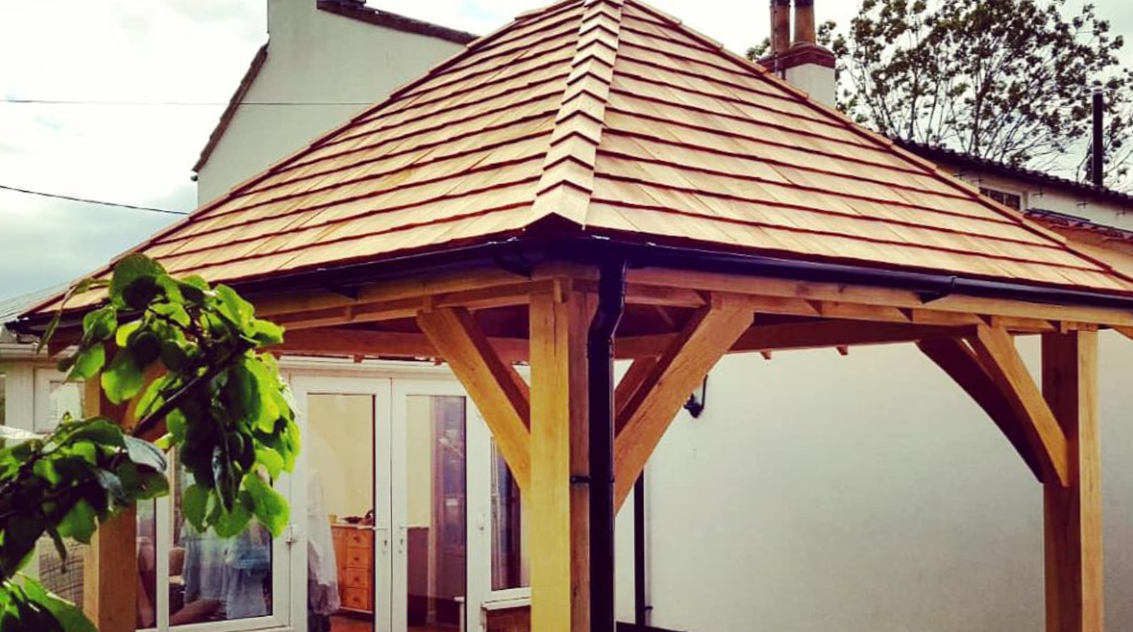 OAK FRAME GAZEBO